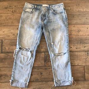 Zara TRF denim distressed cropped jeans size 6